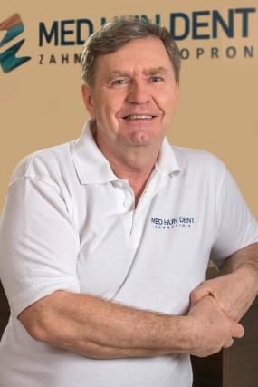dr. Tibor Olasz - Zahnarzt